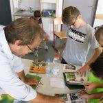 Schüler der Ganztagsklassen 5a und 5b im Gespräch mit Knut Krüger
