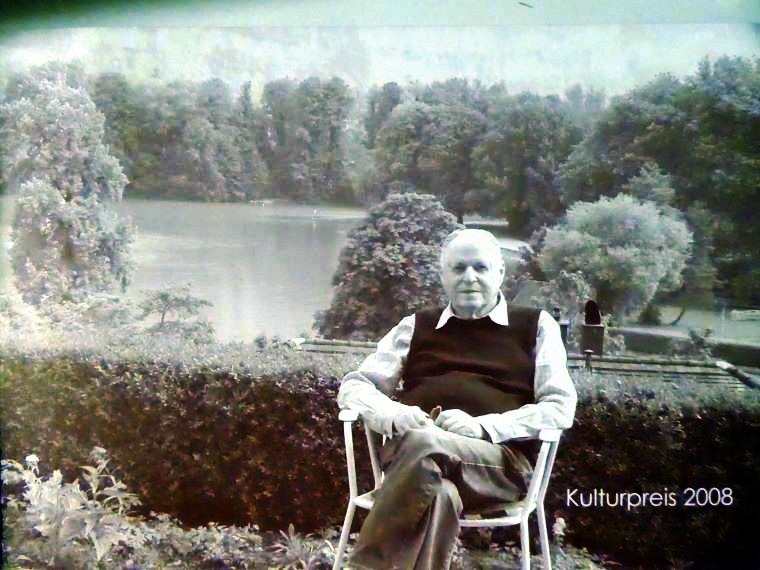 Der Dichter von Weesen am Walensee (Foto: Hans Gärtner)