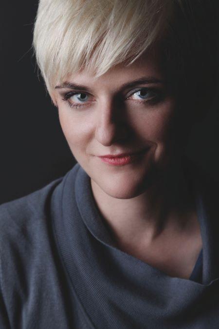 Kathrin Schrocke (Foto: Ingo Dumreicher Fotografie/Carlsen)
